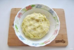 Жареные картофельные пирожки с квашеной капустой - фото шаг 10