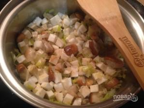 Луково-сельдерейный суп с грибами - фото шаг 5