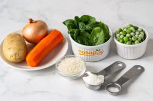 Суп со шпинатом и зеленым горошком