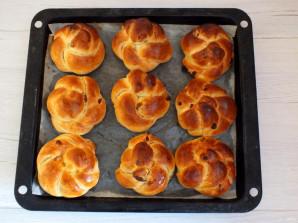 Булочки с изюмом в хлебопечке - фото шаг 13