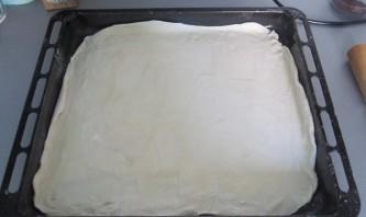Пицца из слоеного бездрожжевого теста - фото шаг 2