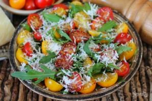 Салат из рукколы с помидорами черри и пармезаном - фото шаг 6