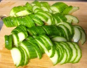 Салат с сельдереем и огурцом - фото шаг 2