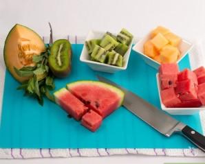 Салат из свежих фруктов - фото шаг 2