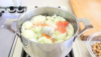 Суп-пюре из нута и цветной капусты - фото шаг 4
