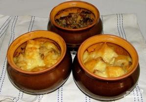 Картофель, запеченный с салом в горшочках - фото шаг 5