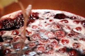 Желе из вишни без косточек на зиму - фото шаг 3