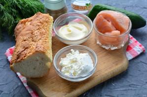 Бутерброды с рикоттой и красной рыбой - фото шаг 1