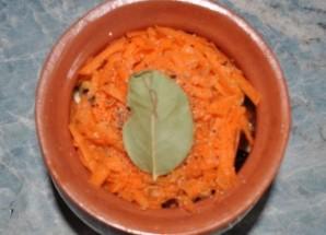 Баранина с овощами в горшочках - фото шаг 9