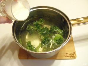Диетический суп-пюре из брокколи - фото шаг 2