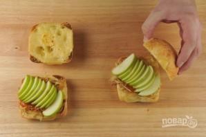 Чиабатта с луком и яблоком - фото шаг 4