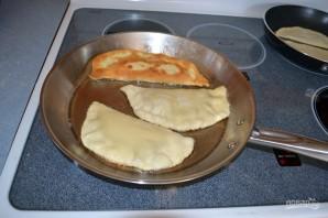 Чебуреки домашние с мясом - фото шаг 9