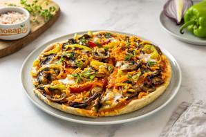 Вегетарианская пицца без дрожжей - фото шаг 8