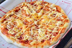 Гавайская пицца с ананасами и курицей - фото шаг 14