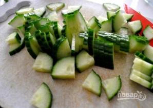Салат со свежей капустой и огурцом - фото шаг 3