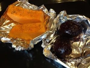 Слоеный салат из тыквы, свеклы и яблок - фото шаг 1