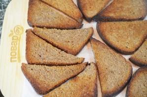 Бутерброды со шпротами и копченой семгой - фото шаг 3