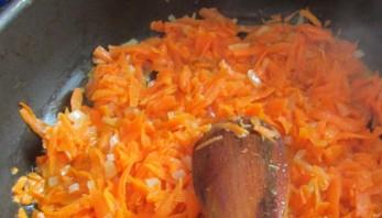 Борщ с тушенкой и помидорами - фото шаг 2