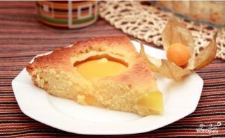 Быстрый пирог с консервированными персиками - фото шаг 7