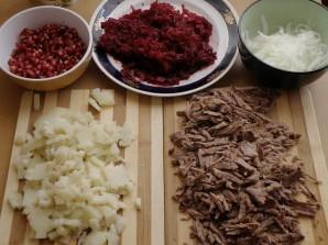 Салат мясной с гранатом - фото шаг 2