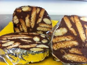 Шоколадные колбаски из печенья - фото шаг 7