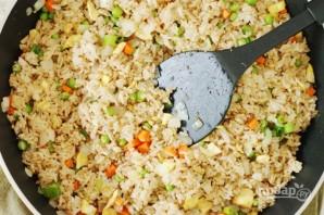 Отварной рис с омлетом и овощами - фото шаг 6