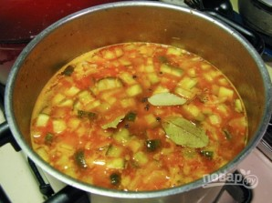 Солянка с колбасой и оливками - фото шаг 9
