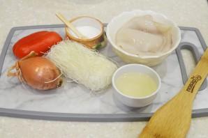 Фунчоза с кальмарами - фото шаг 1