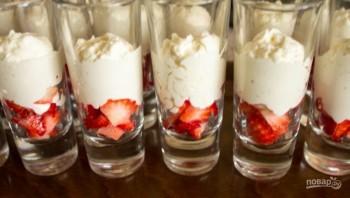 Десерт с маскарпоне и ягодами - фото шаг 4