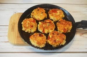 Сырники с беконом и грибами - фото шаг 5