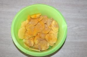 Окунь запеченный с картошкой в духовке - фото шаг 3