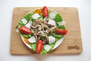 Теплый салат из шампиньонов с топинамбуром - фото шаг 9