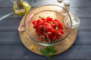 Простой салат с пастой Фарфалле - фото шаг 3