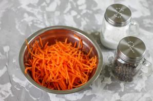 Салат из селедки с морковью - фото шаг 2