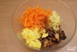 Салат из корейской моркови с грибами - фото шаг 3