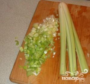 Суп с картофелем и луком-порей - фото шаг 1