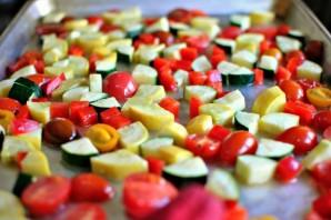 Запеченные овощи с грибами в духовке - фото шаг 4