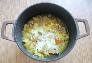 Свинина с яблоками в сливочном соусе - фото шаг 8