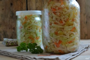 Маринованная капуста с овощами - фото шаг 10