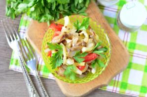 Теплый салат с вешенками - фото шаг 9