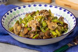 Cалат с грибами и зеленой фасолью - фото шаг 5