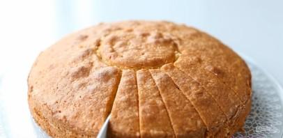 Бисквит с манкой - фото шаг 10