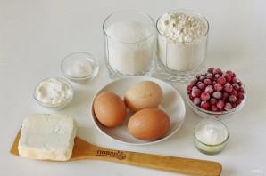 Пирог с клюквой и сметаной - фото шаг 1