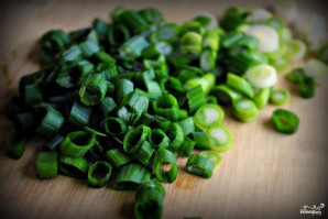 Салат с сыром и оливками - фото шаг 1