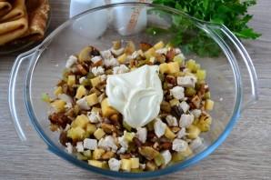Мясной салат с блинчиками - фото шаг 7