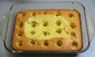 Дырявый пирог с клубникой - фото шаг 10