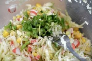 Салат из капусты с крабовыми палочками - фото шаг 5
