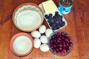 Торт с вишней и сгущенкой - фото шаг 1