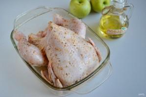 Праздничная курица с яблоками и овощами - фото шаг 2