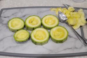 Фаршированные кабачки кольцами в духовке - фото шаг 6